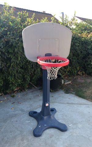 Step2 outdoor basketball hoop for Sale in Artesia, CA