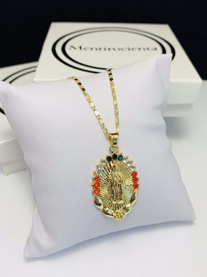 Gold plated Virgin Mary necklace length chain 44 cm I do only ship through OfferUp for Sale in Santa Rosa, CA