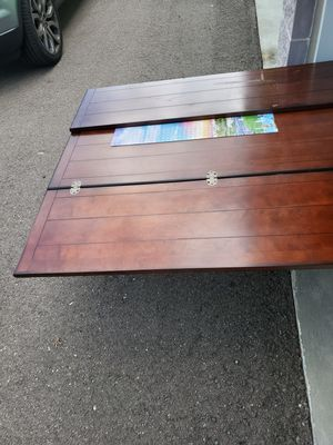 Coffee table and TV stand for Sale in Riverview, FL