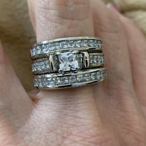 New 3 CZ piece sterling silver wedding ring size 8 for Sale in Palatine, IL