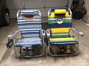 Tommy bahama backpack beach chairs for Sale in San Diego, CA