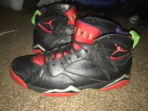 Air jordan 7's and football cleats size 13 for Sale in Akron, OH