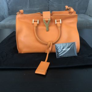 Yves Saint Laurent Bag for Sale in Elkridge, MD