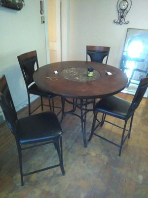 Nice dining room table paid 500 for it still great condition little wear and tear for Sale in Detroit, MI