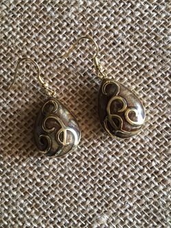 🌺5 For $25🌺 Brown And Gold Elegant Earrings for Sale in West Middlesex,  PA