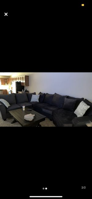 Sectional couches for Sale in Macomb, MI