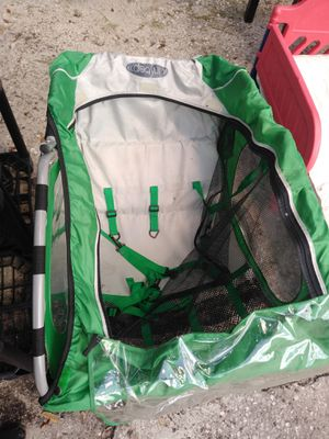 Instep Bike Trailer 2 seat for Sale in Tampa, FL