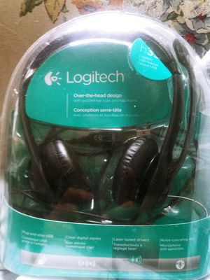 Logitec web cam headphones with mouth microphone for Sale in Springfield, MA