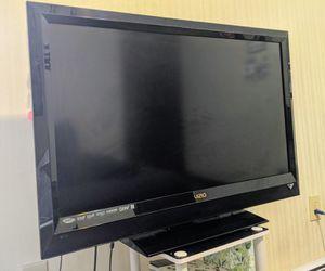 Vizio 1080p TV 40-inch for Sale in Newton, MA