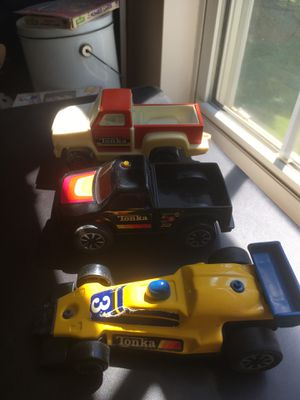 Vtg 1970s Tonka Trucks and Race Car for Sale in Charlotte, NC