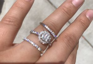 3 piece wedding ring from Zales for Sale in Manteca, CA