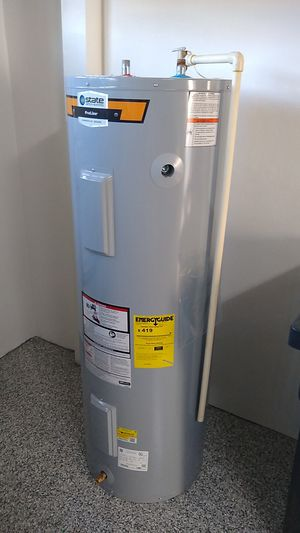 5 month old Electric Water Heater for Sale in Apollo Beach, FL