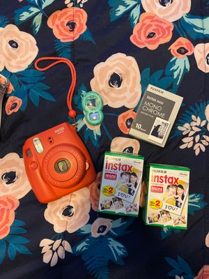 (PENDING) Instax Mini 8 - Instant Film Camera for Sale in Atlanta, GA