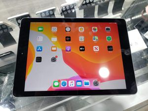 iPad 6TH Gen with Cellular and Case for Sale in Tampa, FL