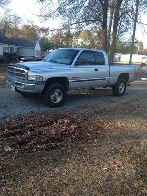 2001 dodge ram pickup truck 1500 for Sale in Staunton, VA