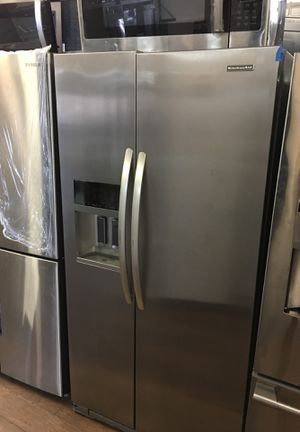 Kitchen Aid Side By Side Fridge for Sale in Huntington Beach, CA