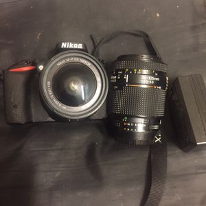Nikion D5500 With 2 Lens for Sale in Pomona, CA