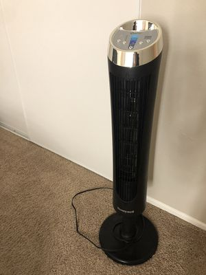 Honeywell Whole Room Tower Fan Quick Set [Black] for Sale in Covina, CA
