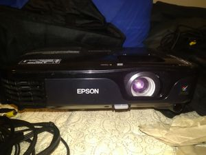 Epson projector Ex5210 for Sale in Grandview, MO