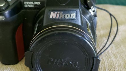 Nikon Cool Pix 8700 Digital Camera for Sale in Cape Coral,  FL