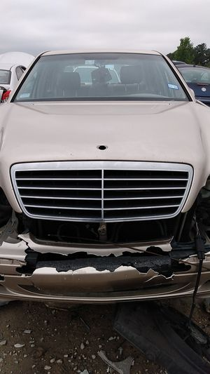 2000 MERCEDES E320 PARTS$$ for Sale in Houston, TX