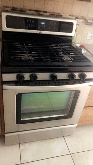 Estufa Refrijerador micro ondas lava platos for Sale in Houston, TX