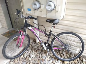Schwinn Women's Mountain Bike for Sale in Hillsboro, OR