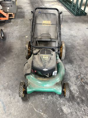Lawn mower - weed eater - Briggs & Stratton 625 Series for Sale in Hawaiian Gardens, CA