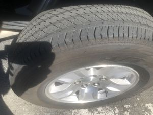 """Chevy Silverado Oem rims and tires 17"""" for Sale in Fontana, CA"""