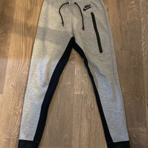 nike joggers for Sale in Chandler, AZ