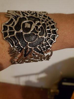 New Super Cool Spider Web Design Bracelet for Sale in Las Vegas, NV