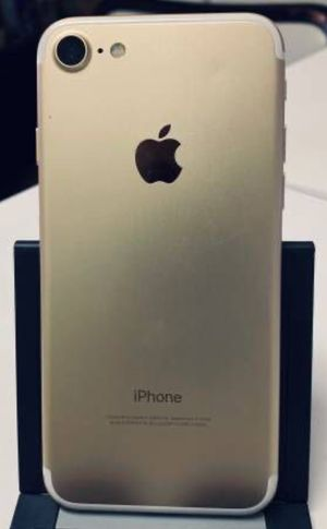 Factory Unlocked iphone 7, sold with store warranty for Sale in Cambridge, MA