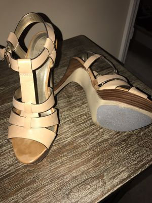 Guess shoes for Sale in Coral Springs, FL