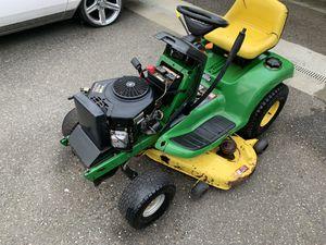 John Deere LT166 riding lawn mower for Sale in Everett, WA