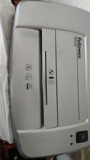 Fellowed PS70-2cd paper shredder for Sale in Melbourne, FL