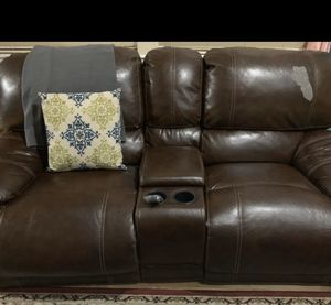 Brown 5 seater sofa couch love seat recliner sofa cup holder for Sale in Mukilteo, WA