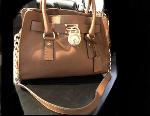 MIchael Kors purse for Sale in Phoenix, AZ