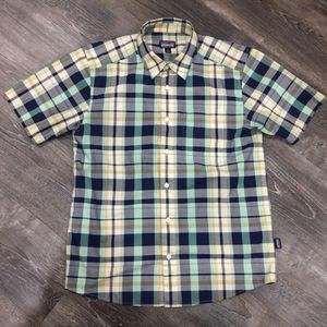 Men's Patagonia Organic Cotton Short Sleeve Plaid Shirt (size Small) for Sale in Turlock, CA