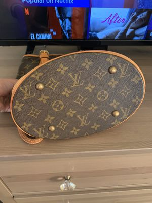 Louis Vuitton Purse for Sale in Houston, TX