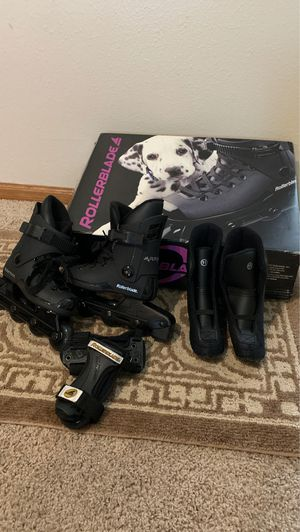 Like *NEW* Rollerblades Kids size 10/11 for Sale in Chippewa Falls, WI