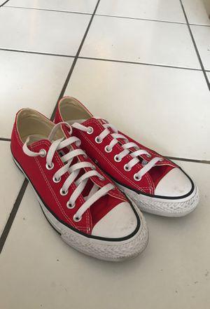 Converse 7.5 red for Sale in Miami, FL