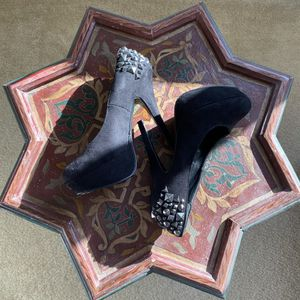 STUDDED SIZE 7 HEELS for Sale in Chula Vista, CA
