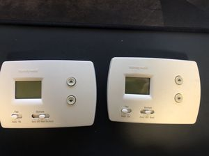 honeywell thermostat (2 units) for Sale in Fairfax, VA
