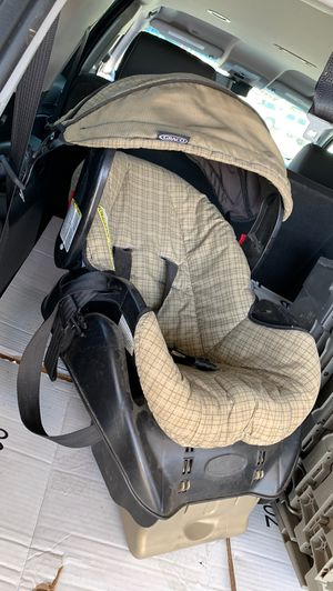 Graco Baby Car Seat for Sale in Los Angeles, CA