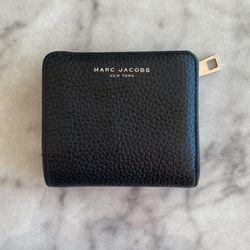 Marc Jacobs Wallet for Sale in San Juan Capistrano,  CA