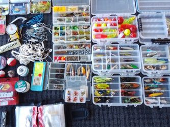 Fishing Tackle Fishing Gear Freshwater $180 for Sale in Tempe,  AZ