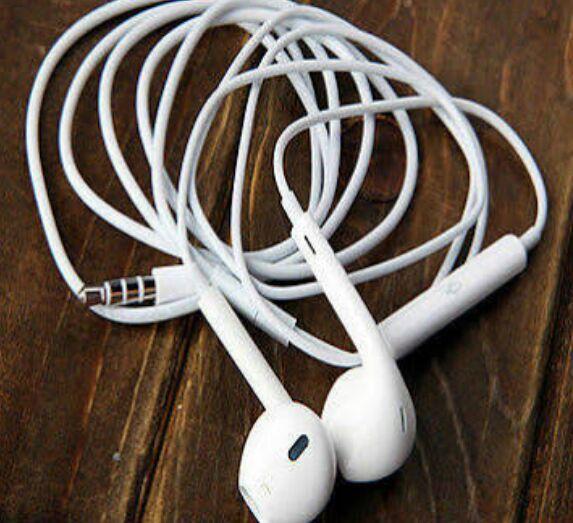 GENUINE Apple MD827LL/A Earpod Mic/Remote Earbud Headphones iPhone 6/5s/4s WHITE
