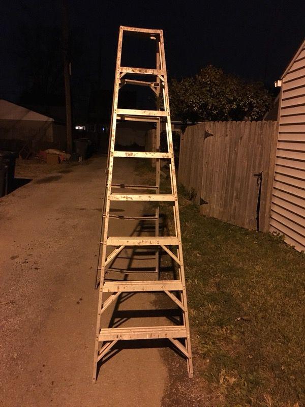 8ft/6ft Ladder