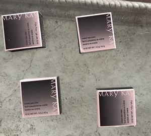 Mary Kay fabulous creme eye colors for Sale in Lakeland, FL