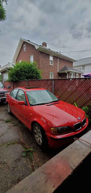 2004 BMW 325 XI 2.5 ALL WHEEL DRIVE for Sale in New Carlisle, OH